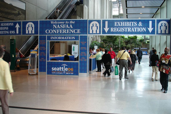 Entrance Trade Show Plexi : General exposition services tradeshow management